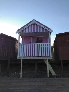 frinton beach hut